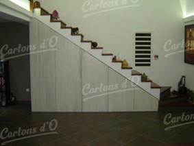 Meuble Escalier composé de 5 tiroirs sur roulettes