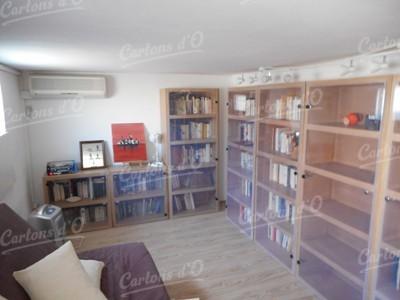 Bibliothèque avec porte plexiglass